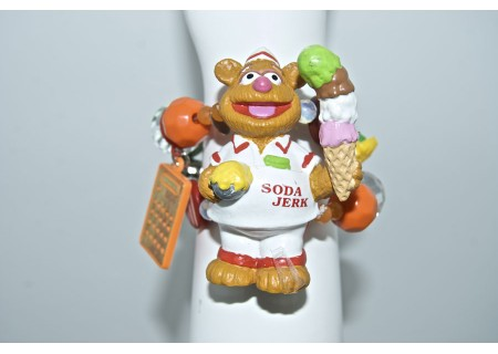 /shop/117-233-thickbox/assorted-flavors-ice-cream-bracelet.jpg